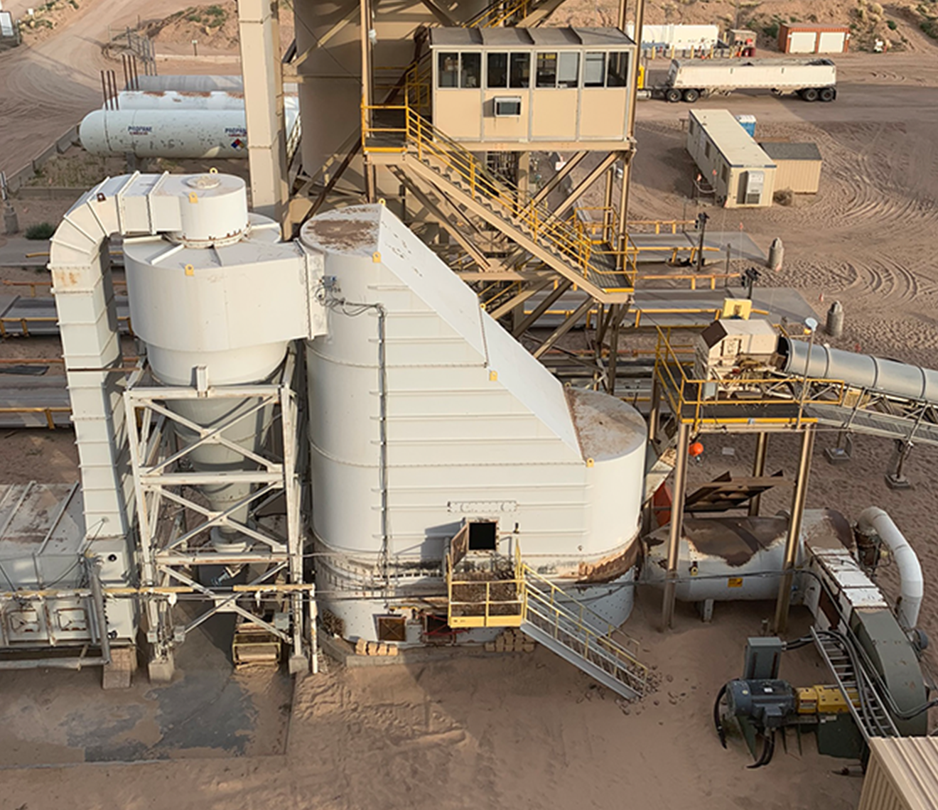 Two discrete dry plants enable us to meet the variable demands of today's oilfield.
